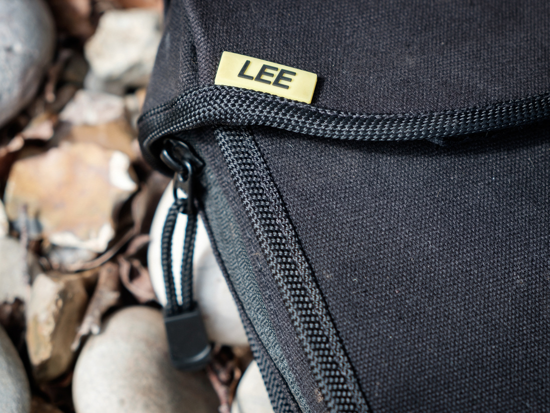 Lee filters field pouch